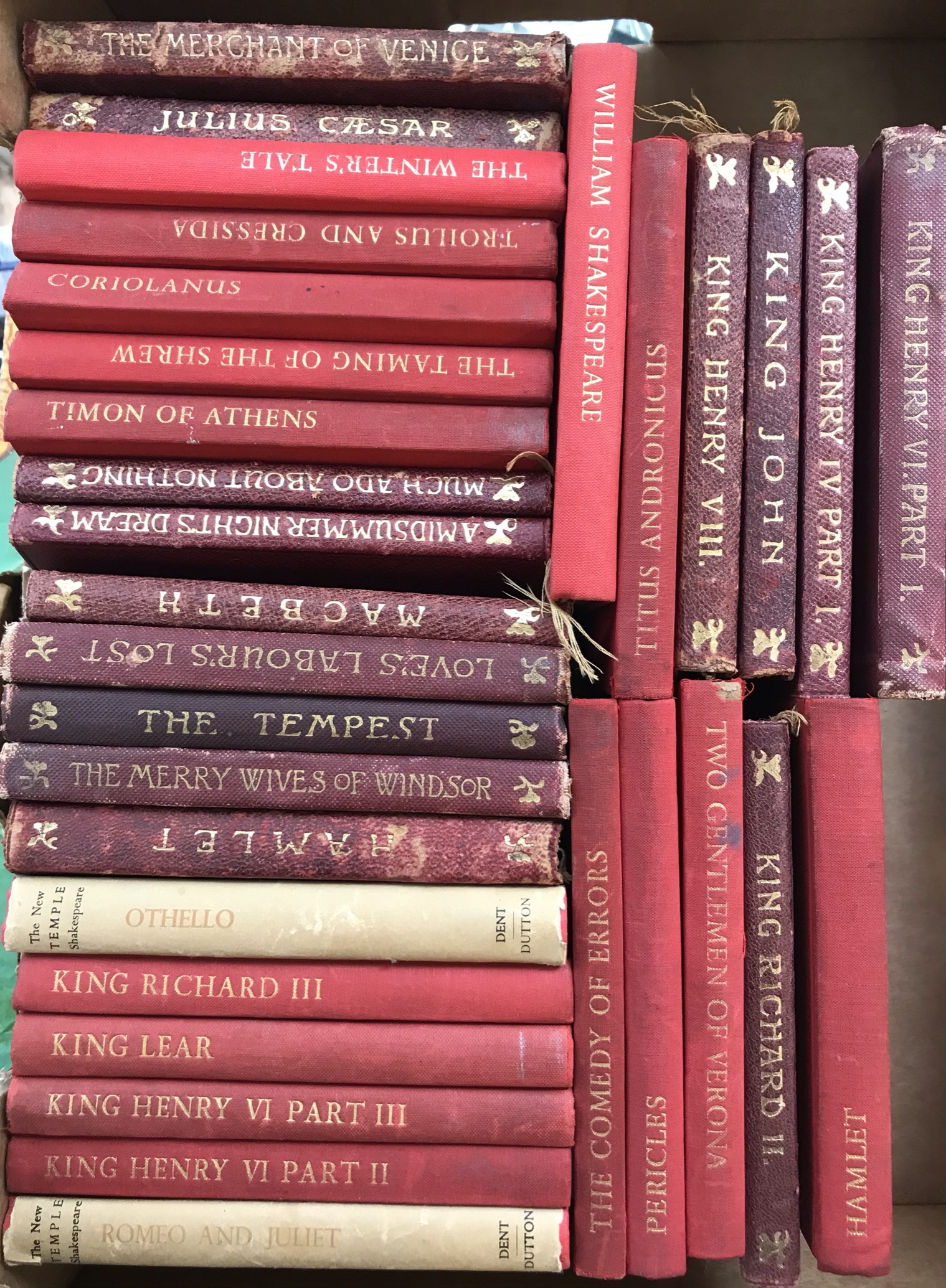 """Fiction: 14 old leather bound """"Temple"""" edition Shakespeare volumes and 17 cloth covered """"New Temple"""""""