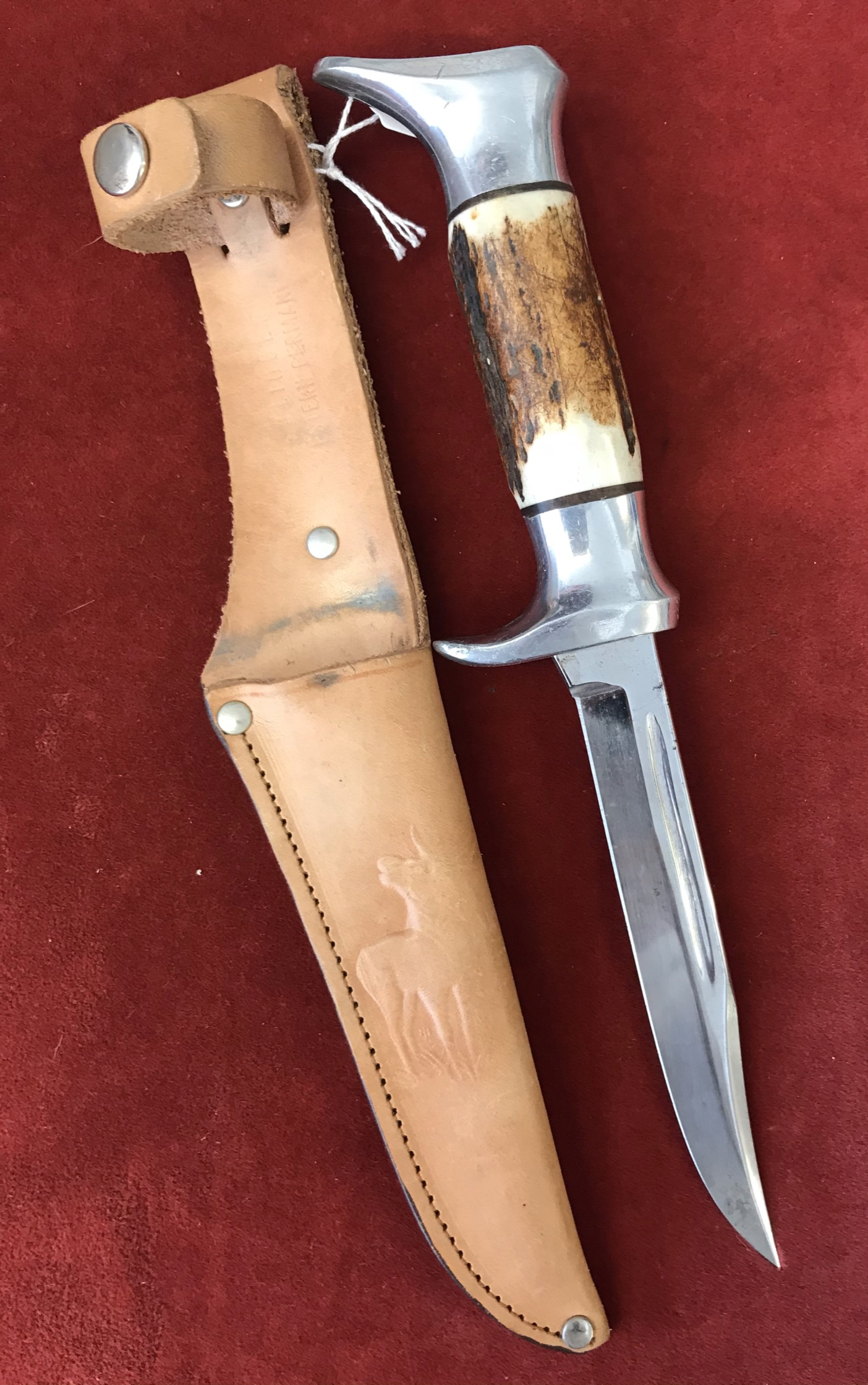 Whitby 1960's Hunting Knife made Solingen Edgebrand No.51, with Leather Sheath having the design