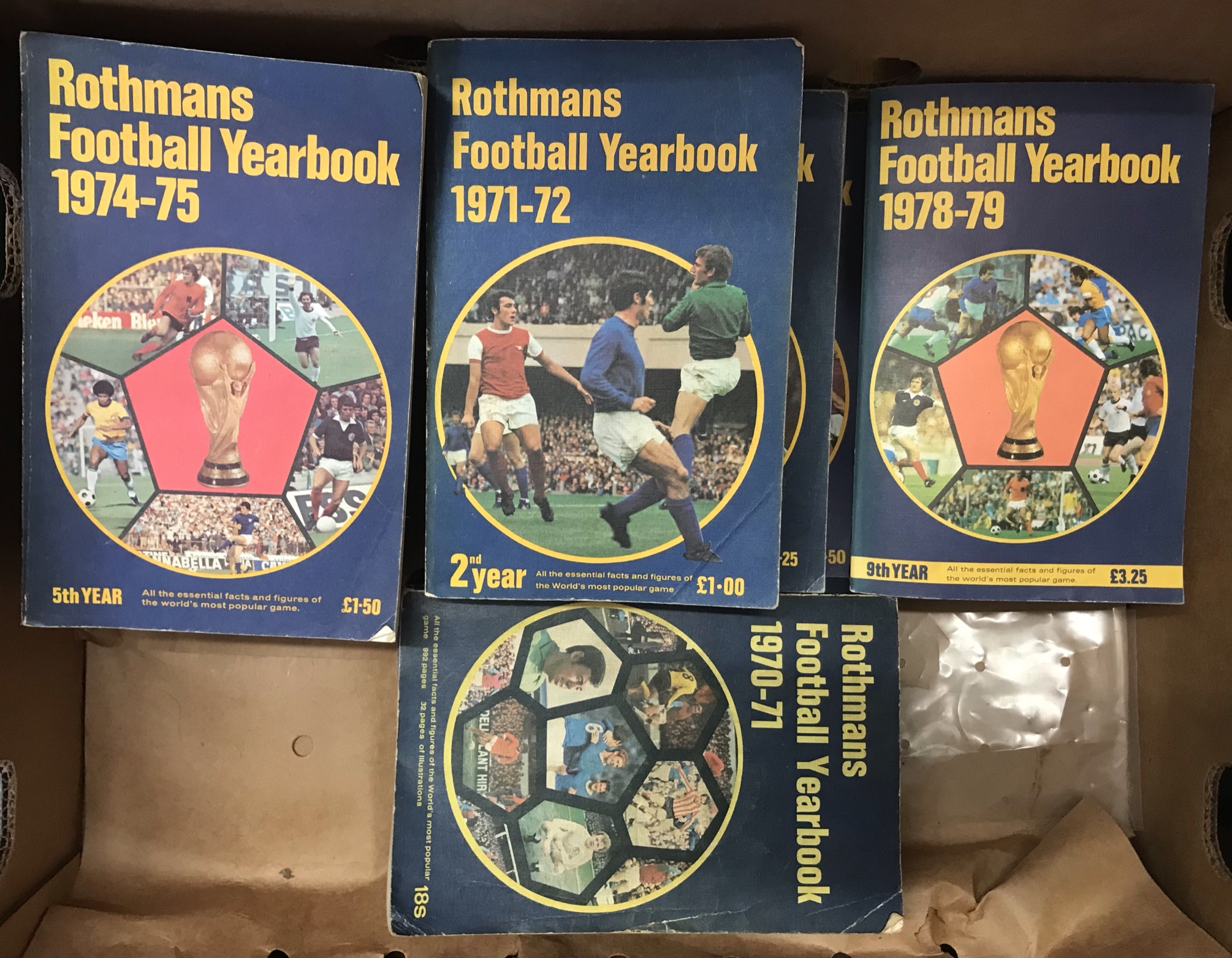 1970-1979 Rothmans Football Yearbooks (10). Buyer collects this lot