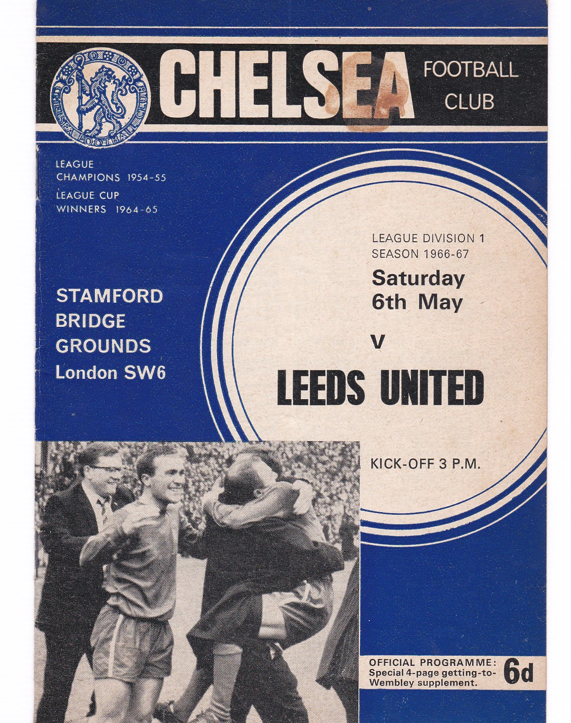 Chelsea v Leeds United 1967 May 6th League vertical crease brown mark front cover score and team