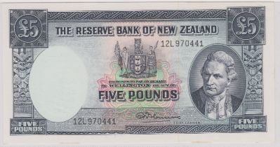 New Zealand 1956-67 Five Pounds Reserve Bank Captain Cook at right, Fleming P160c Fleming EF