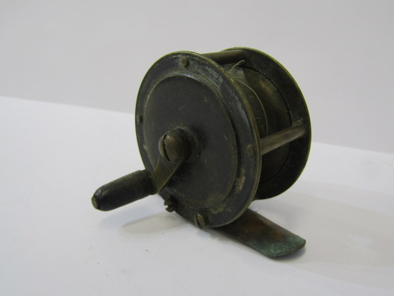 """ANGLING, Hardy 'Perfect' fly reel, also aluminium 5.25 centre pin fishing reel and 2"""" brass winch - Image 5 of 5"""