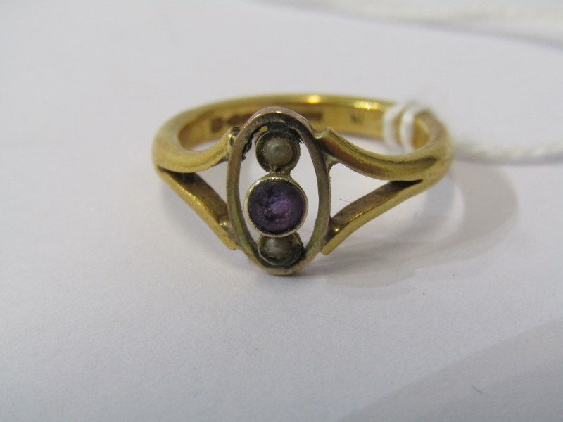 22CT YELLOW GOLD AMETHYST & SEED PEARL RING, approximately 5grms in weight, size L/M