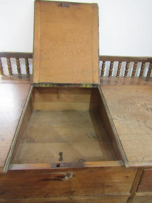 VICTORIAN KNEEHOLE OAK CLERK'S DESK, with twin pedestal of 10 drawers with original knop handles and - Image 2 of 2