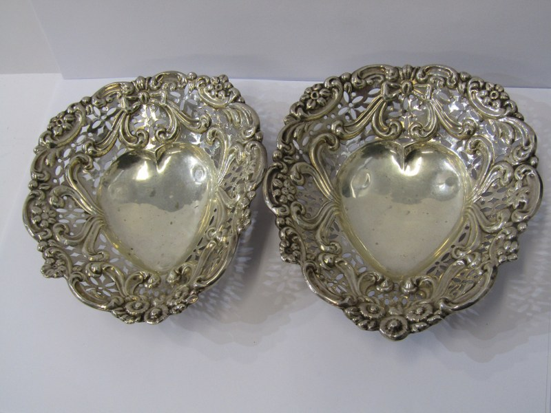 MATCHED PAIR OF SILVER BON BON DISHES, 1 Birmingham HM and 1 Chester HM, pair of shaped silver bon