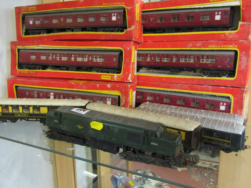 MODEL RAILWAY, OO guage Triang British Railways diesel locomotive, together with 10 assorted - Image 2 of 2