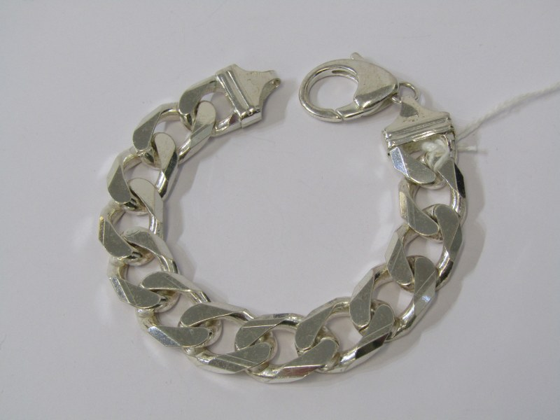 HEAVY WEIGHT SILVER FLAT CURB LINK BRACELET, approximately 82.3grms in weight
