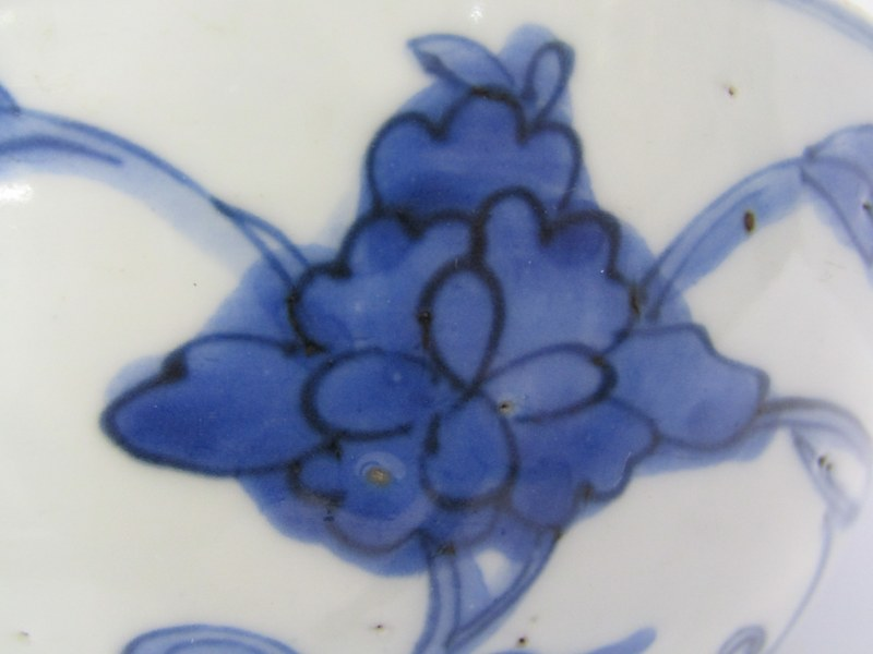"ORIENTAL CERAMICS, early underglaze blue 5.5"" deep bowl decorated with floral and foliate design, - Image 3 of 8"