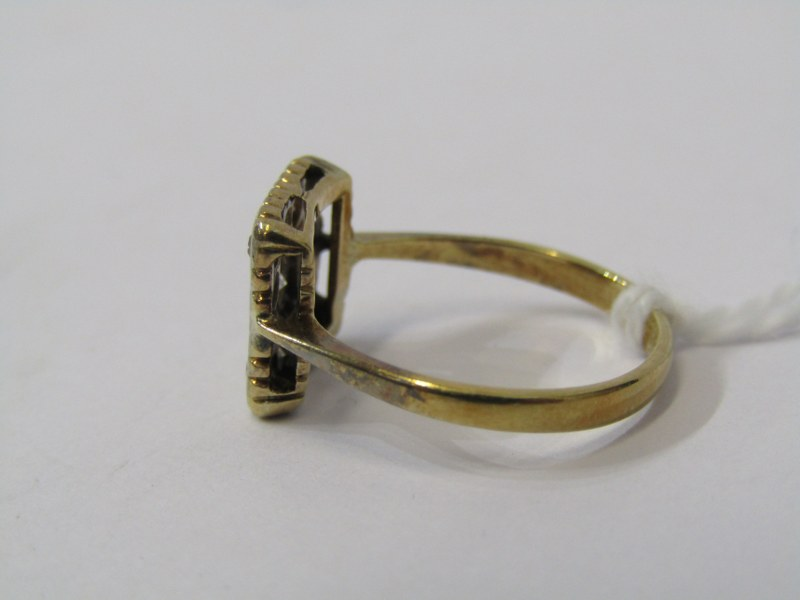 VINTAGE 18ct YELLOW GOLD & PLATINUM DIAMOND CLUSTER STYLE RING, size J - Image 2 of 3