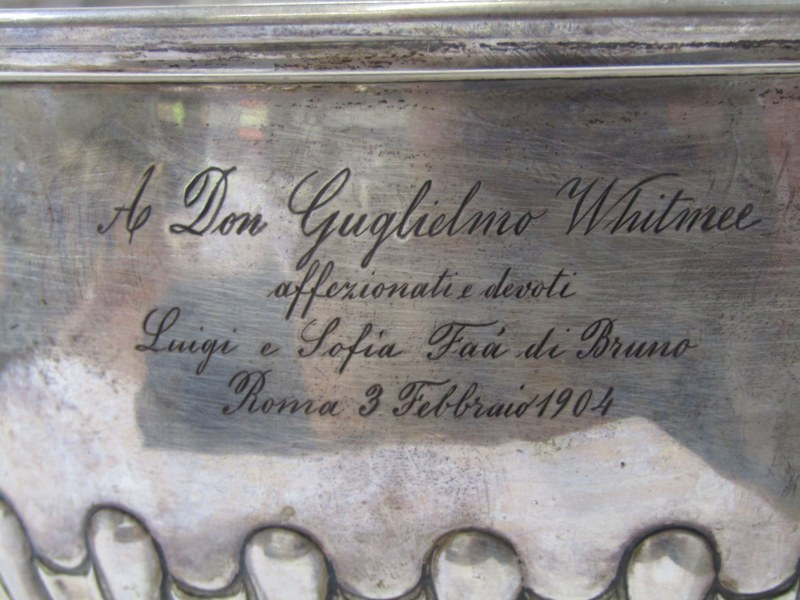 SILVER PRESENTATION PEDESTAL BOWL, half fluted stemmed silver bowl with Italian inscription for - Image 2 of 3
