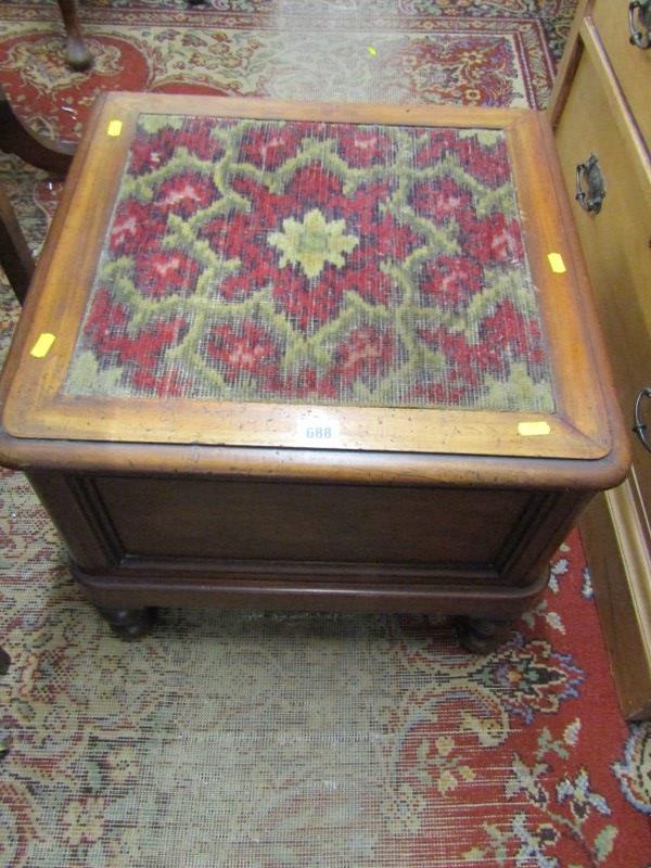"VICTORIAN MAHOGANY BOX COMMODE, inset carpet top, 20"" width"