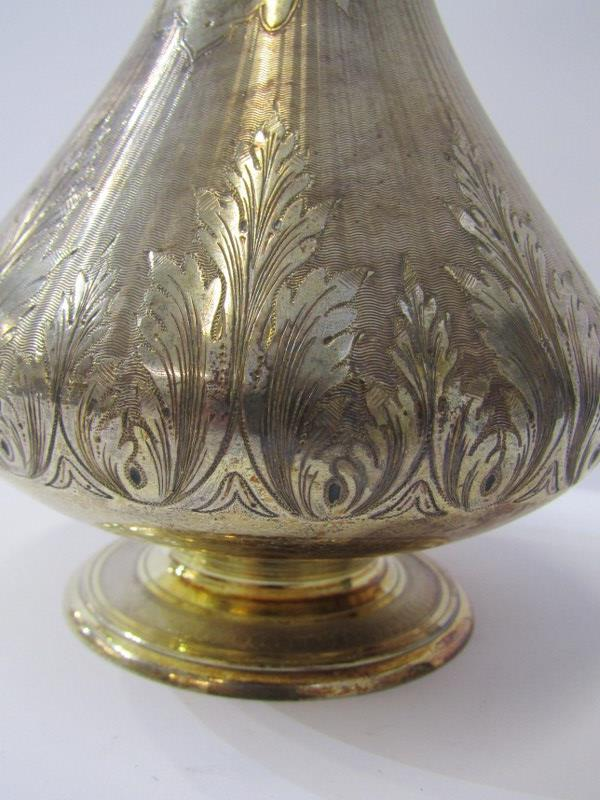 QUALITY SILVER PERFUME FLASK, the body with bulbous base and fine engraved foliate decoration on a - Image 2 of 6