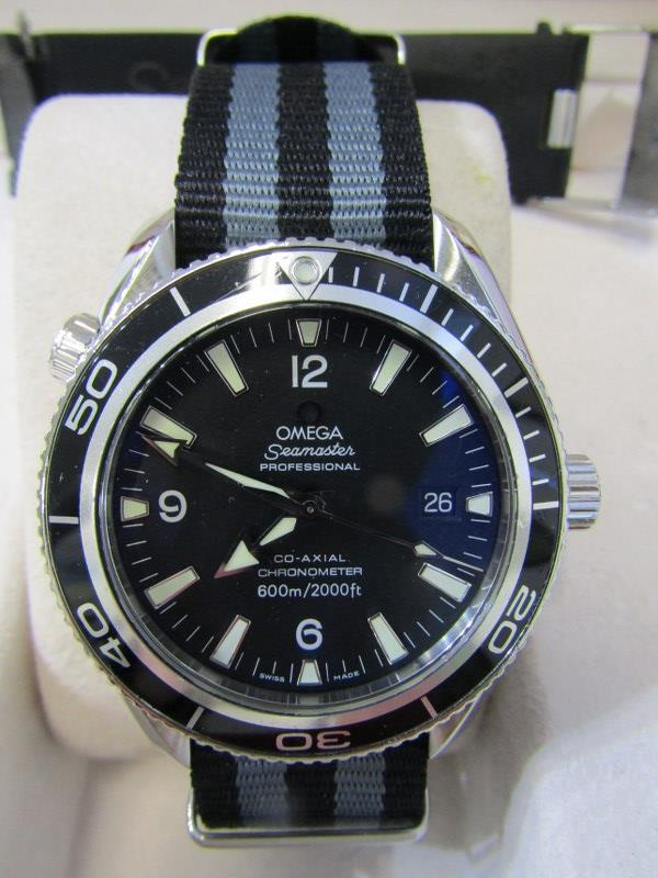 OMEGA SEAMASTER PROFESSIONAL CO AXIAL CRONOMOMETER AUTOMATIC WATCH, In good overall condition,