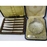 BOXED SILVER BUTTER DISH, silver shell form butter dish, retailed by Skinner & Co, London, maker J G