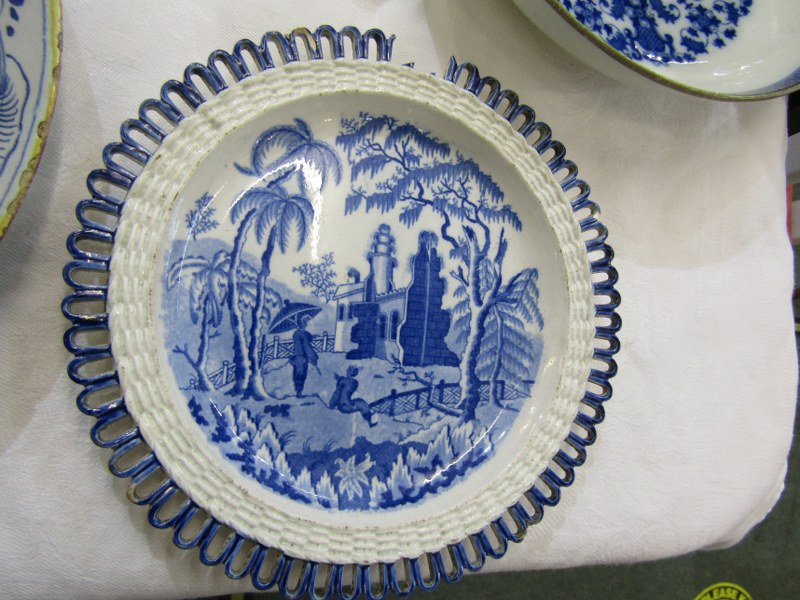 REGENCY MINIATURE PORCELAIN TEA POT, collection of 7 Willow Pattern egg cups, also 2 early Delft - Image 6 of 6