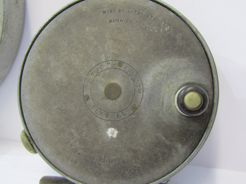 """ANGLING, Hardy 'Perfect' fly reel, also aluminium 5.25 centre pin fishing reel and 2"""" brass winch - Image 2 of 5"""