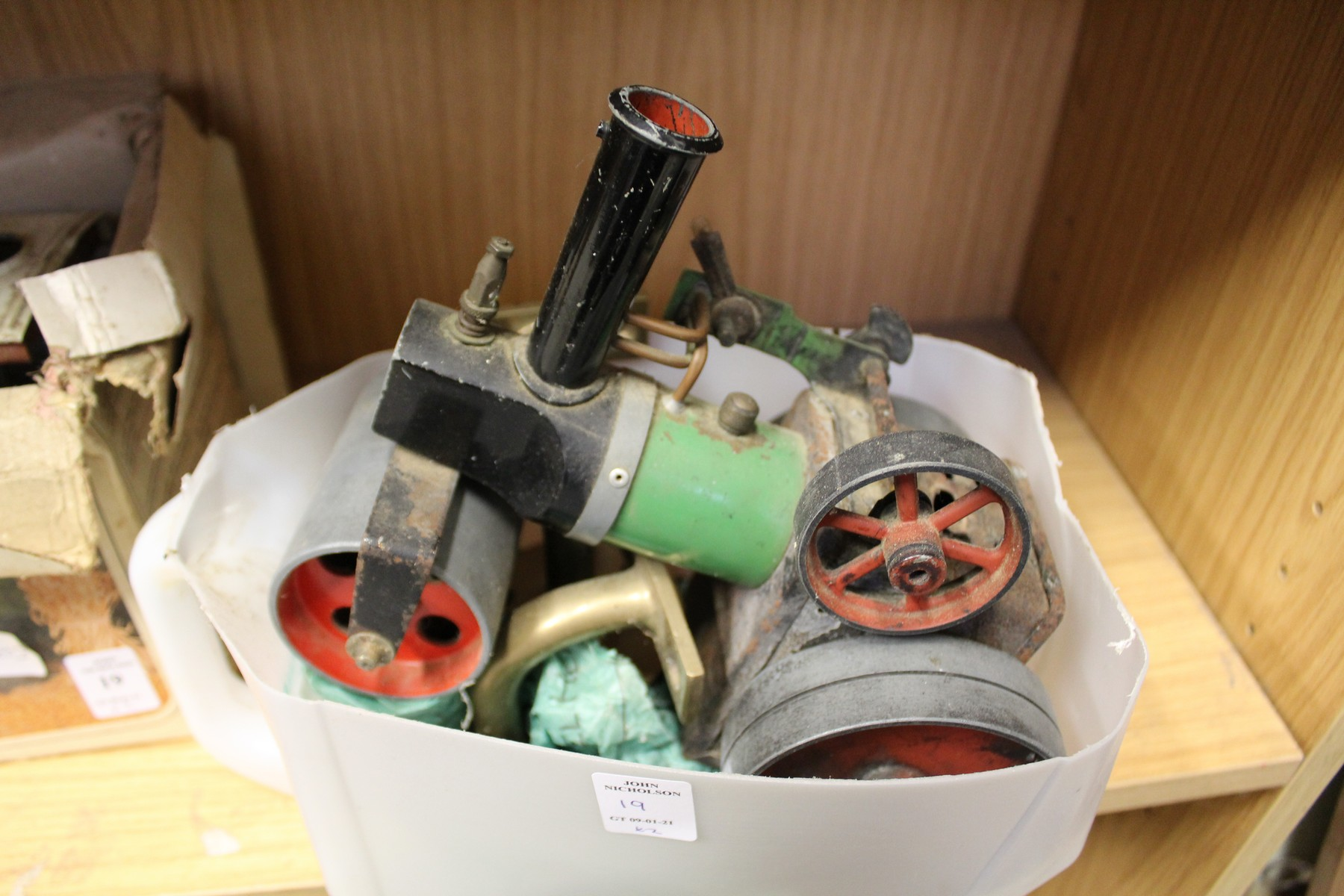 A Mamod traction engine, boxed and another similar. - Image 2 of 3