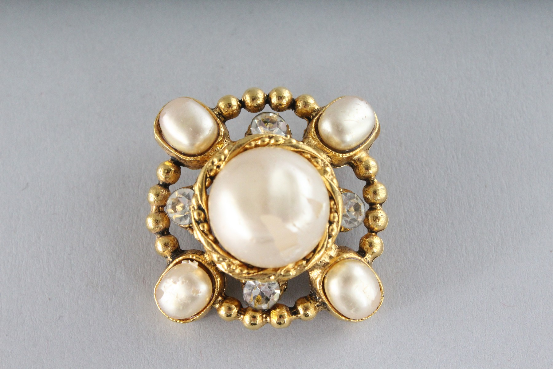 A GOOD PAIR OF CHANEL PEARL EAR CLIPS. - Image 3 of 4
