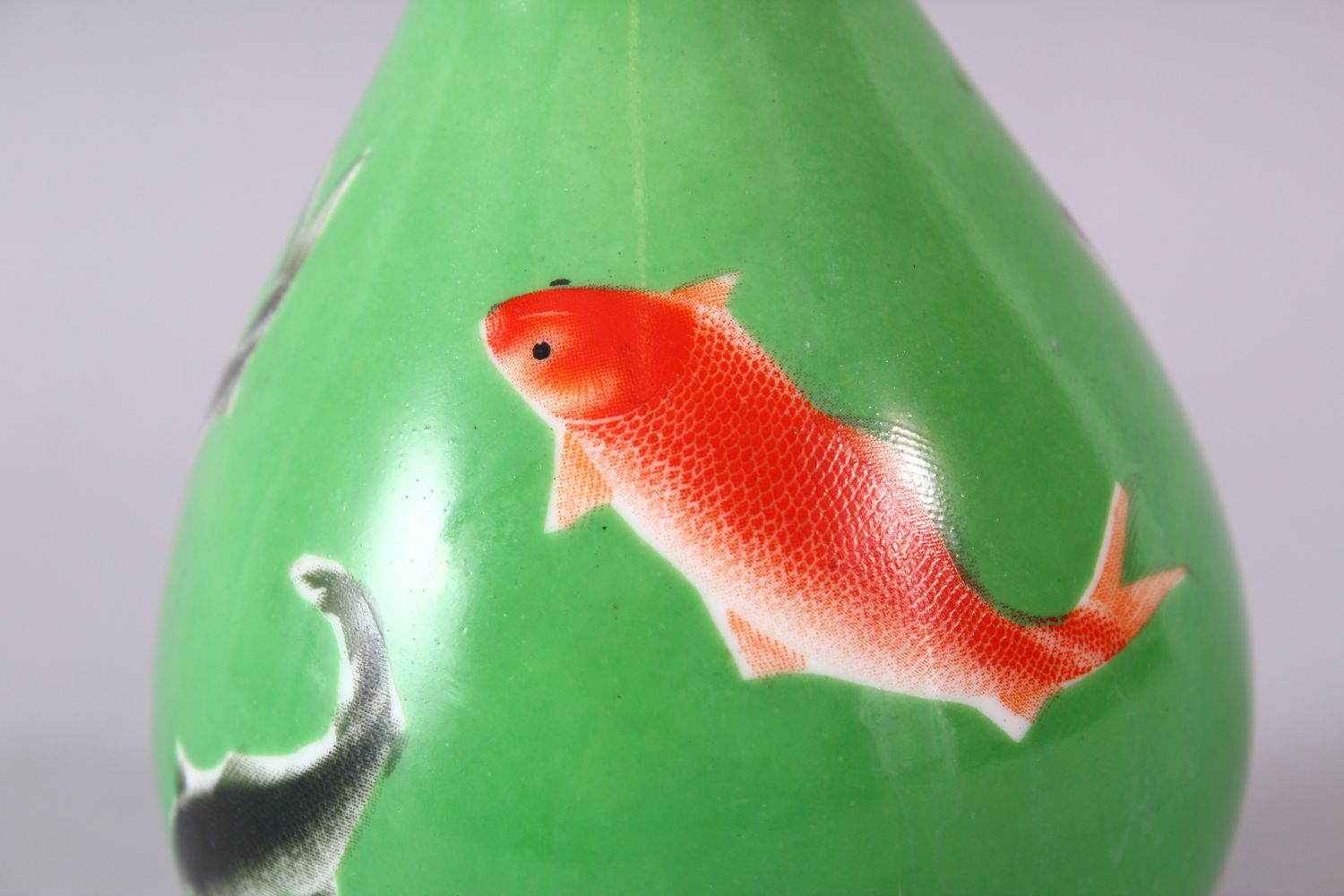 A CHINESE GREEN GLAZED VASE, painted with fish, mark in red, 15cm high. - Image 5 of 8