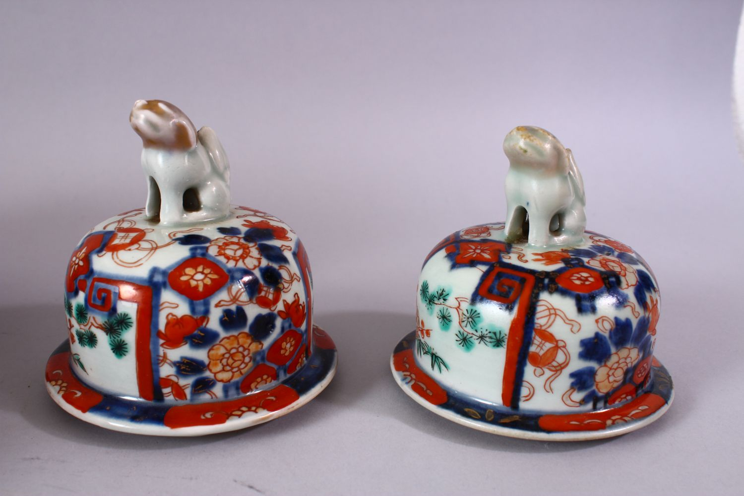 A PAIR OF MEIJI PERIOD IMARI VASES AND COVERS, with kylin finials, overall 30cm high. - Image 8 of 10
