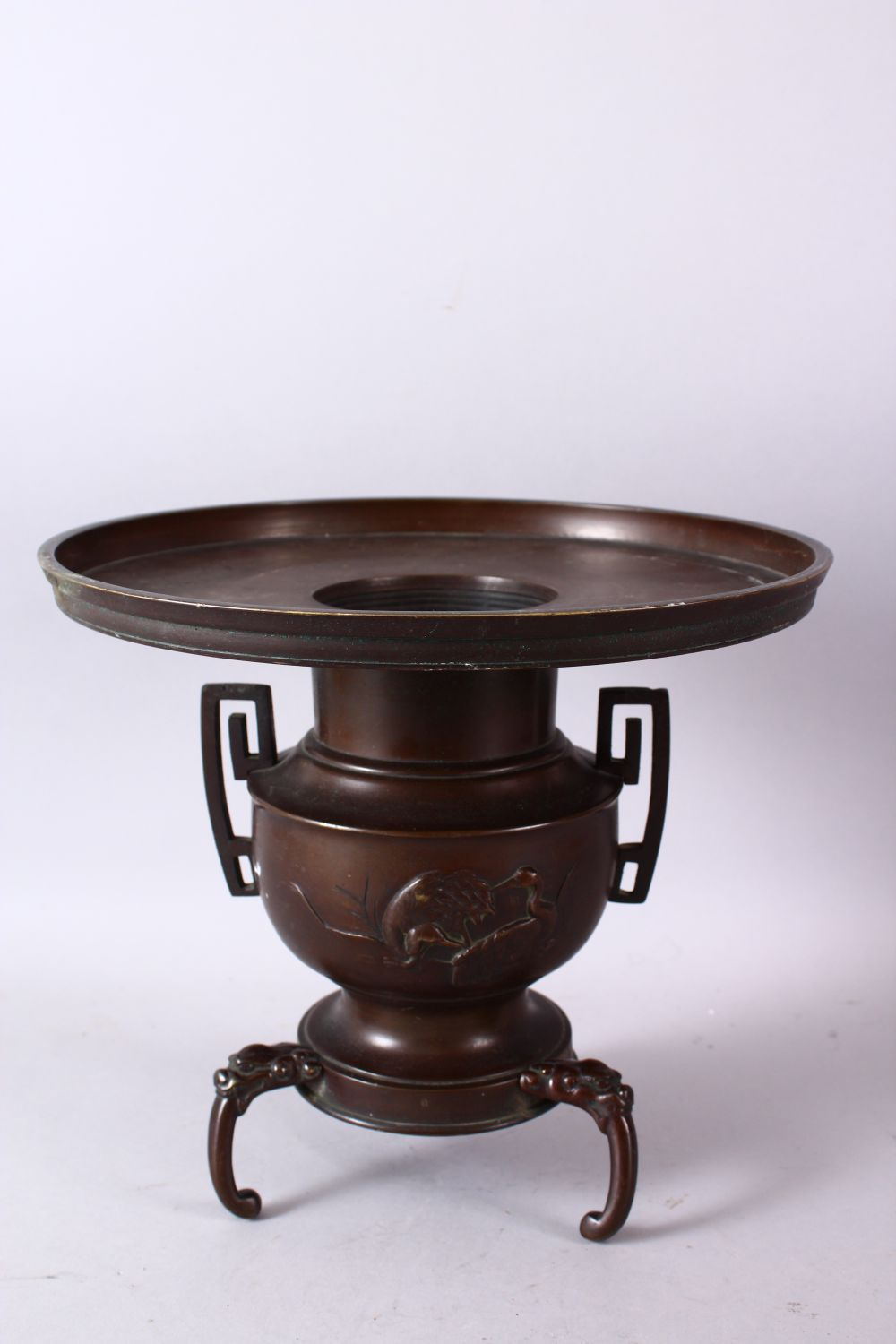 A 19TH CENTURY JAPANESE BRONZE TWO HANDLED VASE on three curving legs, with large circular top - Image 4 of 6