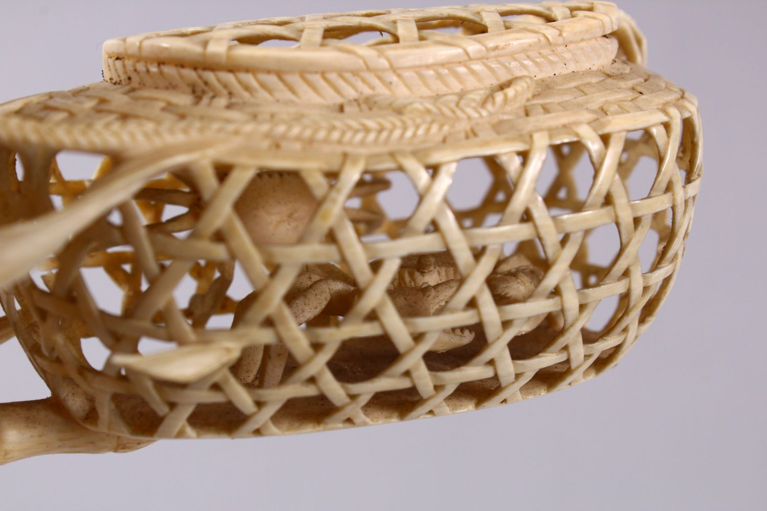 A JAPANESE MEIJI PERIOD CARVED IVORY CRAB GROUP OKIMONO - depicting a basket of crabs with three - Image 6 of 11