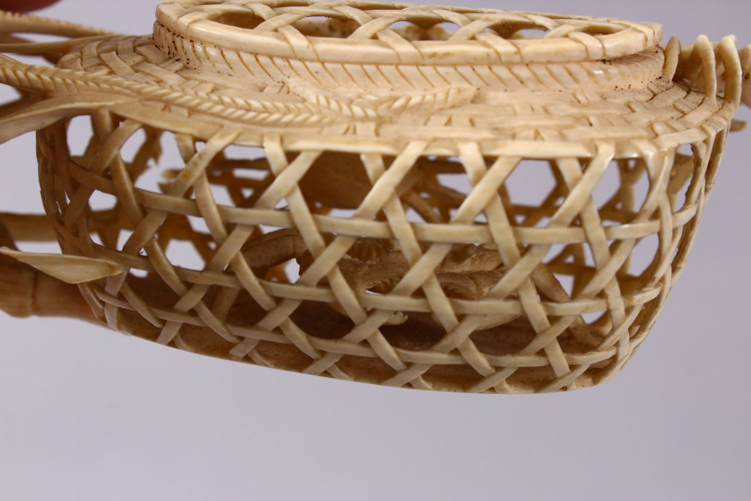 A JAPANESE MEIJI PERIOD CARVED IVORY CRAB GROUP OKIMONO - depicting a basket of crabs with three - Image 8 of 11