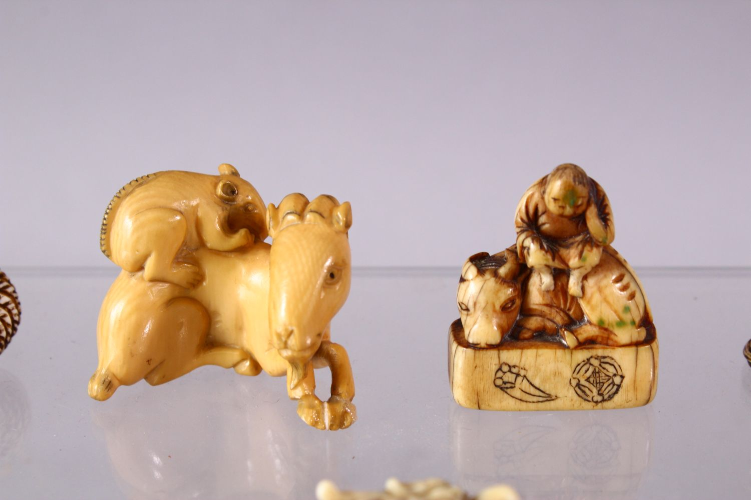 A LOT OF EIGHT JAPANESE MEIJI / EDO PERIOD CARVED IVORY NETSUKE & OJIME, one possibly later edo - Image 3 of 11