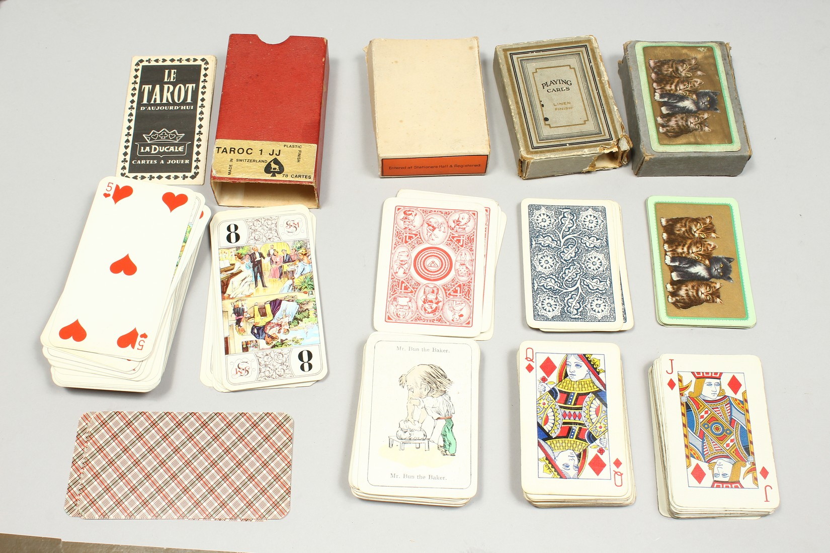 A COLLECTION OF VARIOUS PLAYING CARDS. - Image 16 of 16