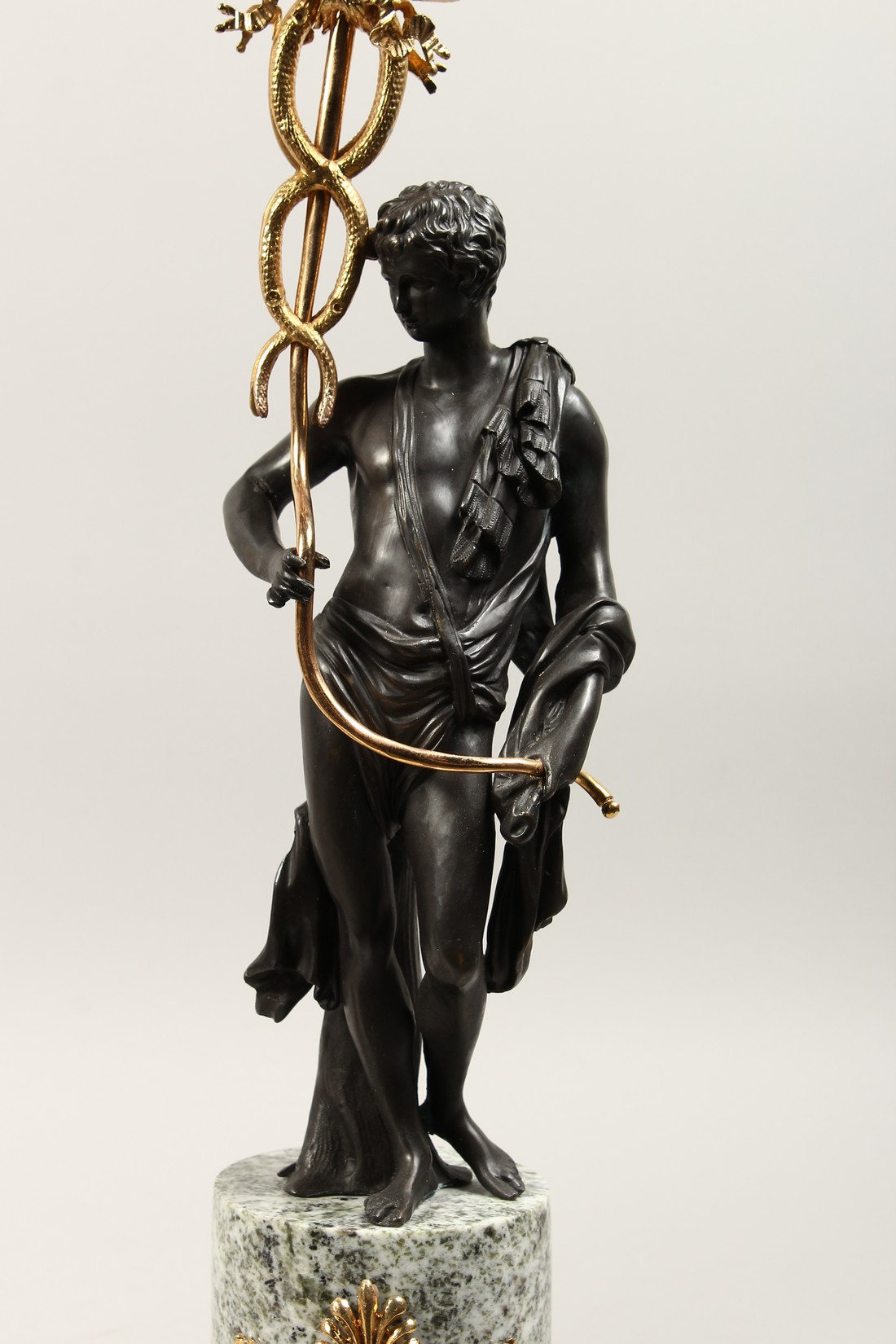 A LARGE PAIR OF THOMAS HOPE DESIGN, ORMOLU AND BRONZE CLASSICAL CANDLESTICKS with a pair of - Image 3 of 5