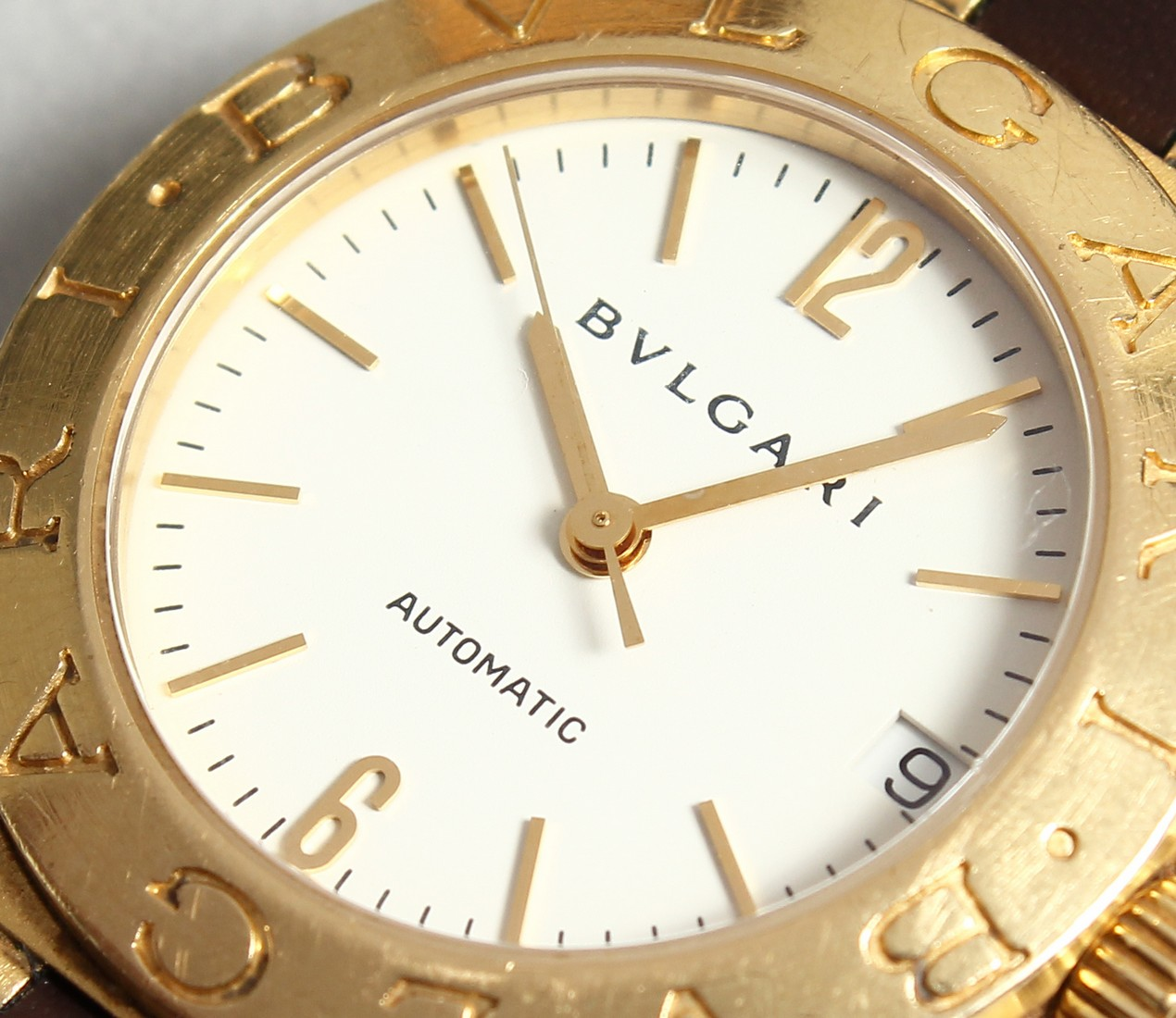 AN 18CT. GOLD BULGARI WRIST WATCH with leather strap, in original box. - Image 2 of 10