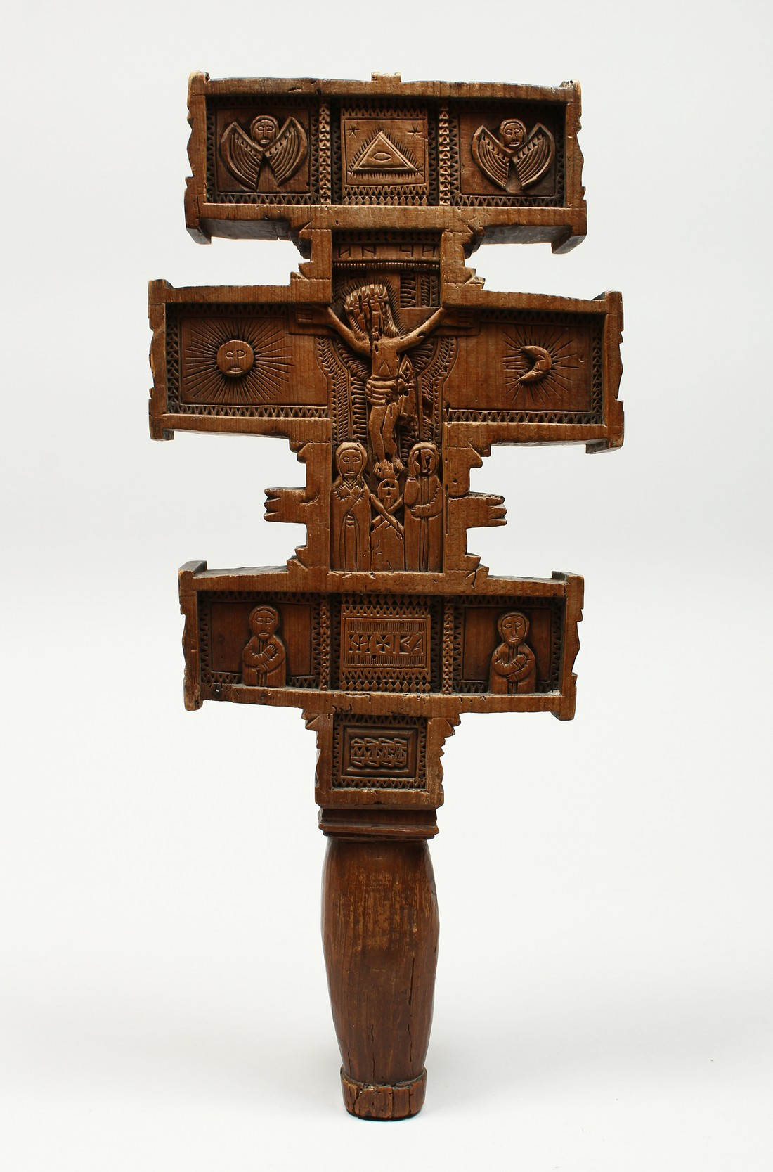 AN 18TH CENTURY GREEK CARVED WOODEN CROSS. 15ins long. - Image 6 of 11