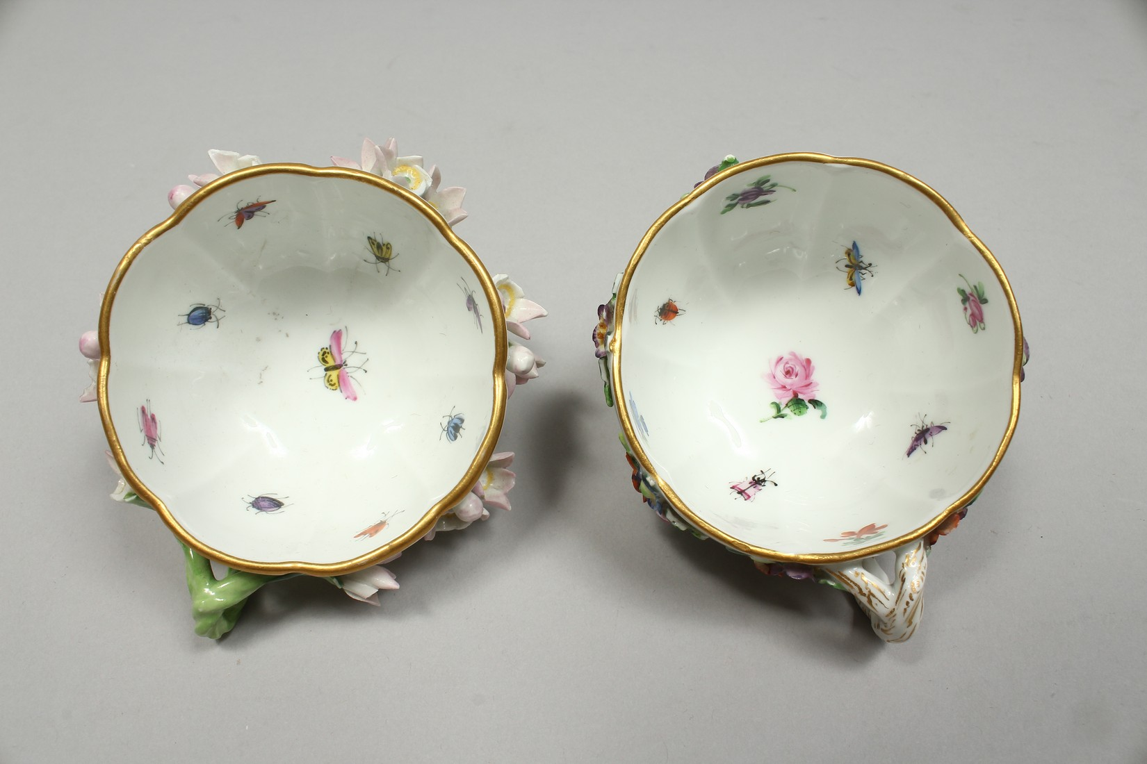 TWO MEISSEN PORCELAIN CUPS AND SAUCERS AND A SAUCER, encrusted with flowers and painted with - Image 6 of 16