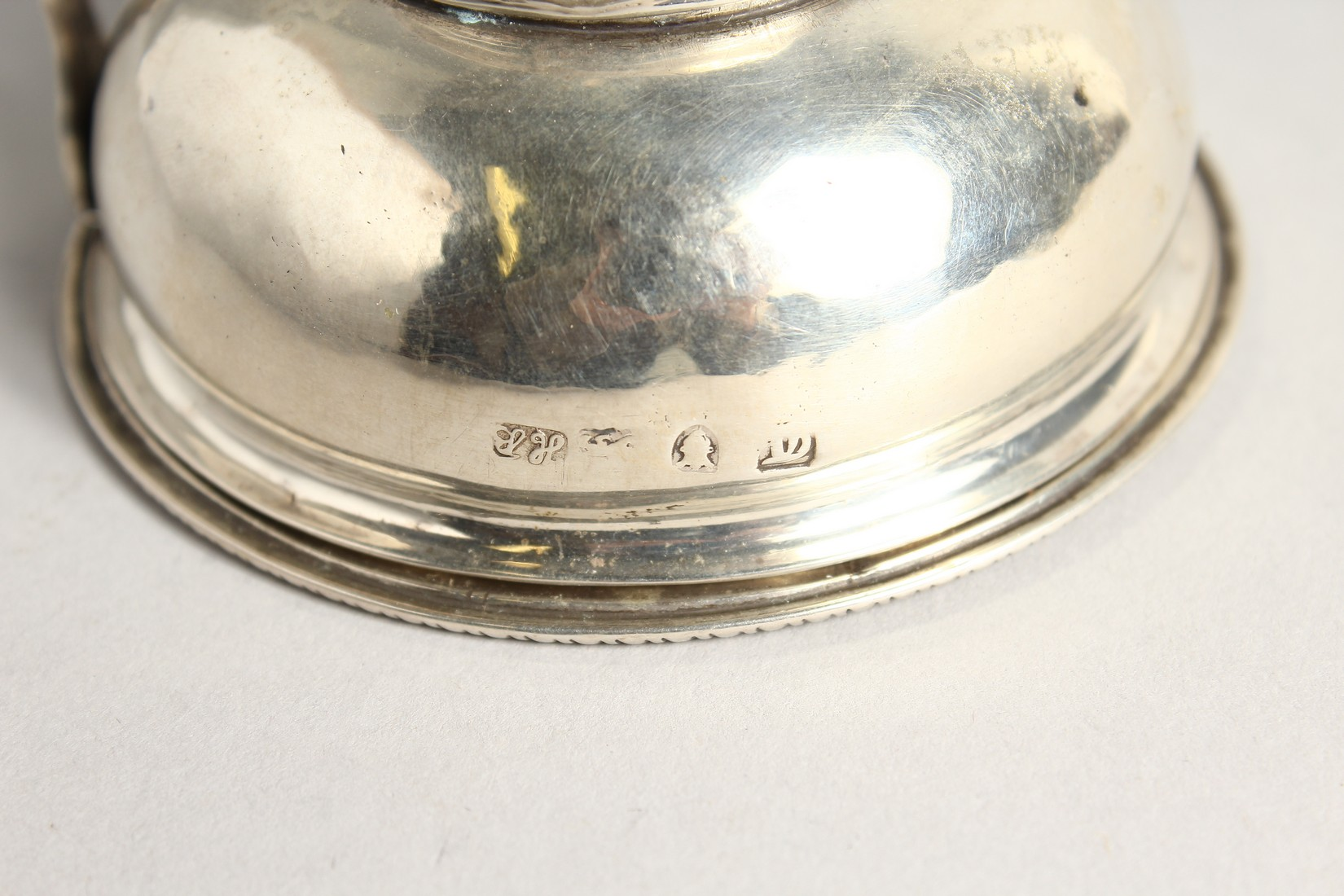 A GEORGE III SILVER WINE FUNNEL by Hester Bateman, London, 1774. - Image 4 of 5