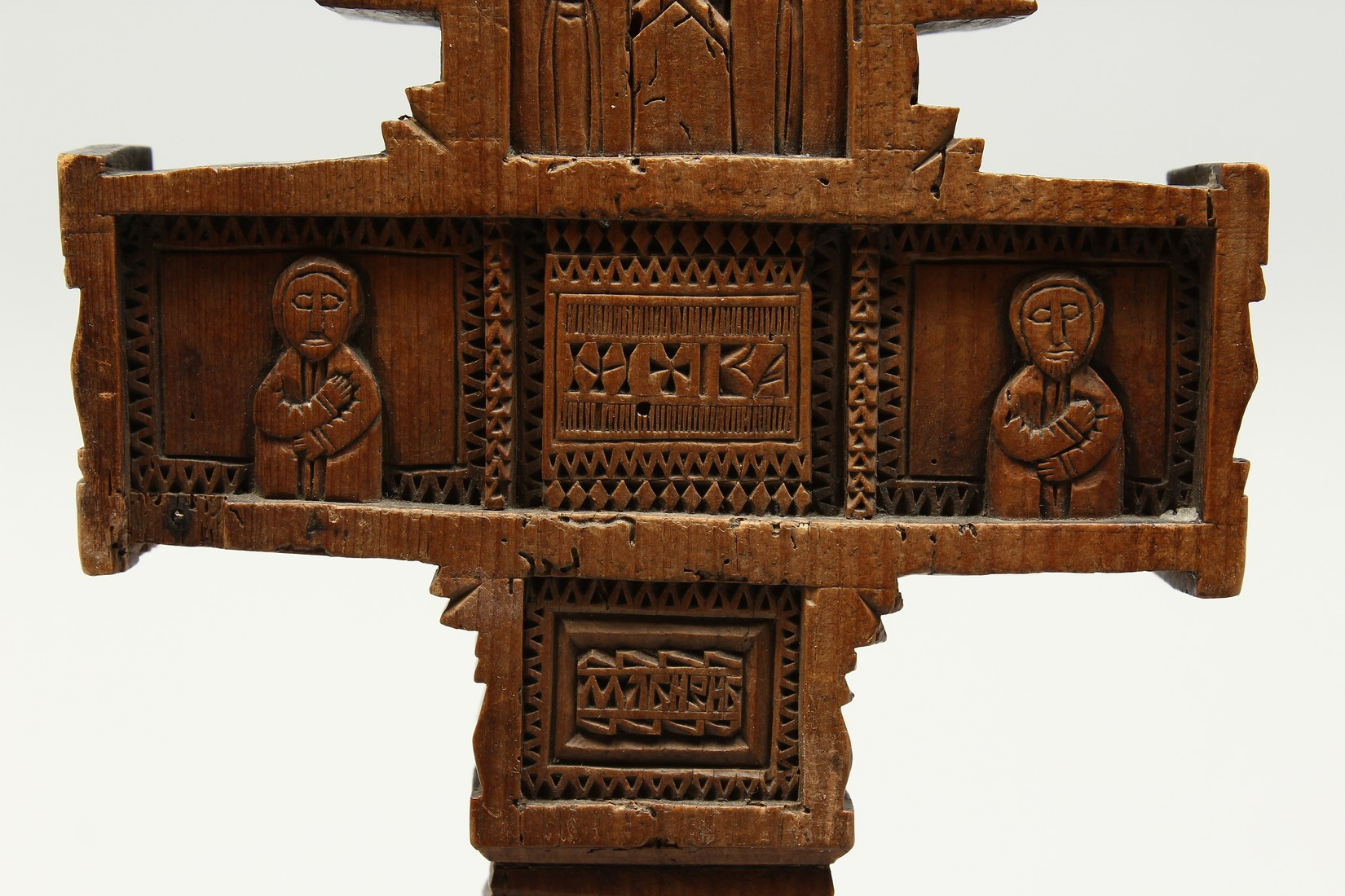 AN 18TH CENTURY GREEK CARVED WOODEN CROSS. 15ins long. - Image 9 of 11