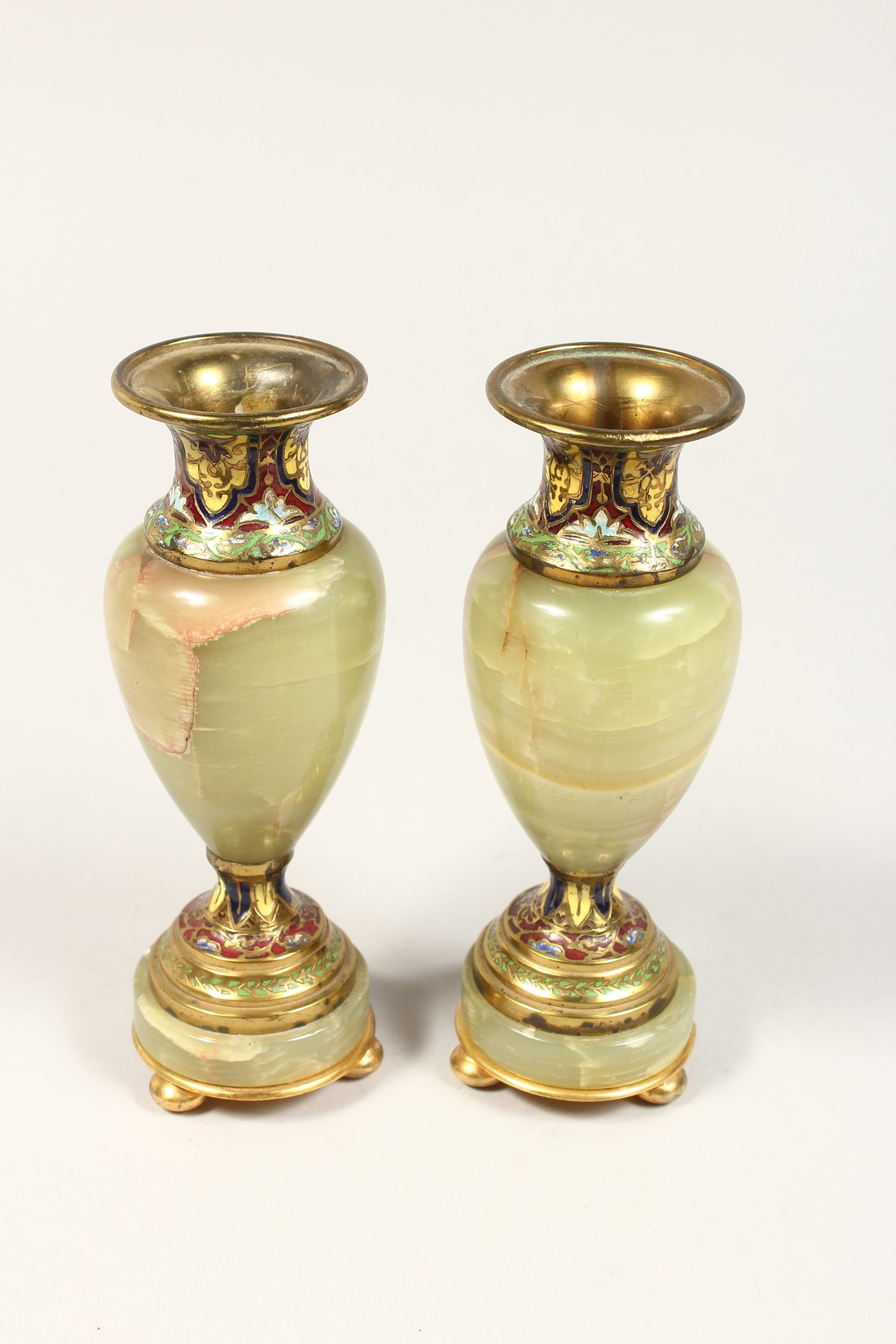 A GOOD SMALL PAIR OF FRENCH CHAMPAGNE ENAMEL AND ONYX VASES. 6.5ins high. - Image 3 of 5