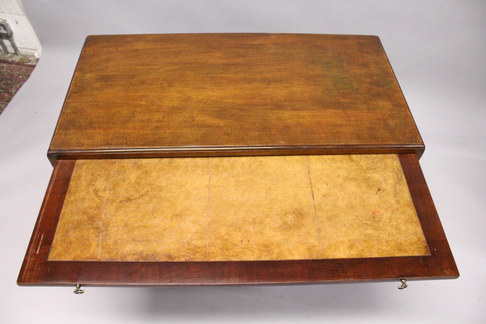 A GOOD GEORGE III MAHOGANY KNEEHOLE DESK, with plain top, brushing slide end on long drawer, three - Image 6 of 7