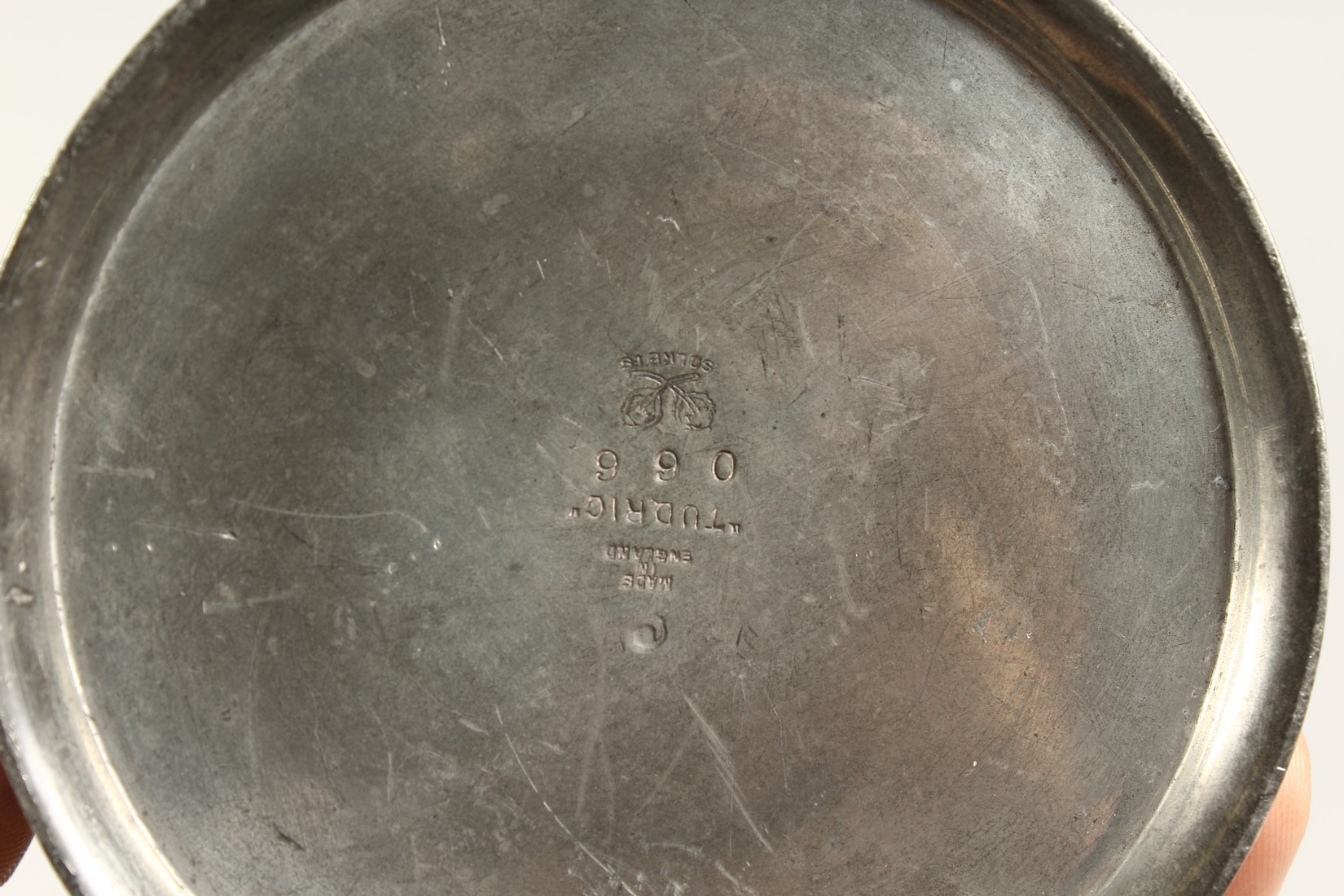 A TUDRIC ARCHIBALD KNOX PEWTER TANKARD with an oval of a golfer No. 066 4.25ins high. - Image 6 of 6