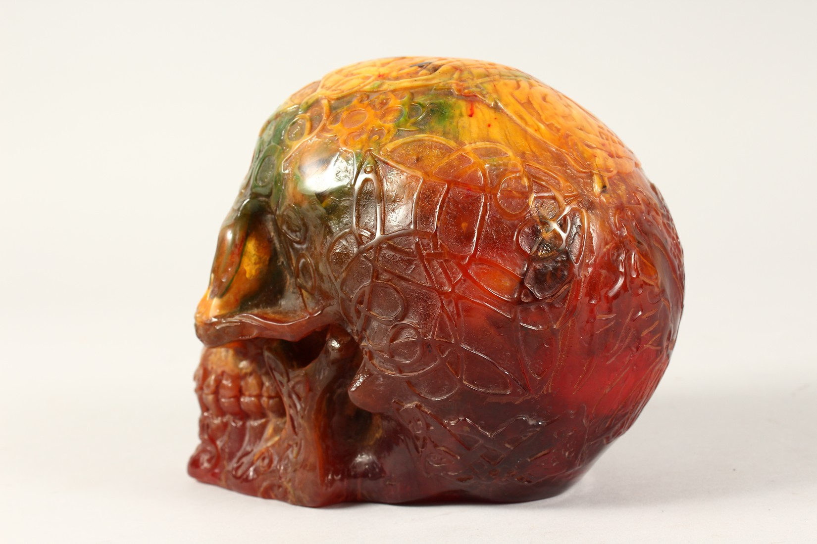 AN AMBER SKULL 6ins long - Image 2 of 2