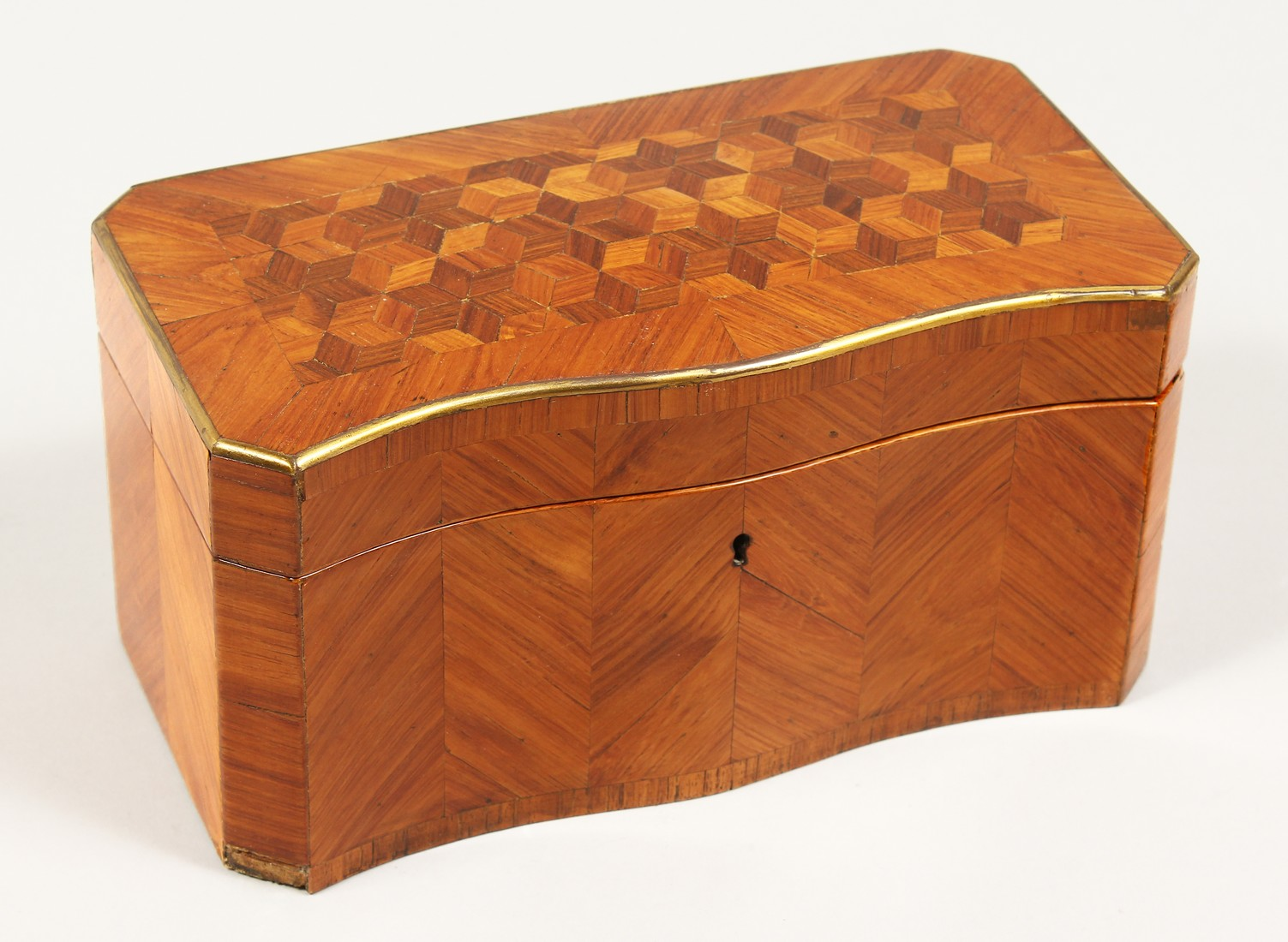 A 19TH CENTURY FRENCH KINGWOOD SERPENTINE-FRONTED TWO DIVISION TEA CADDY with Van Dyck pattern