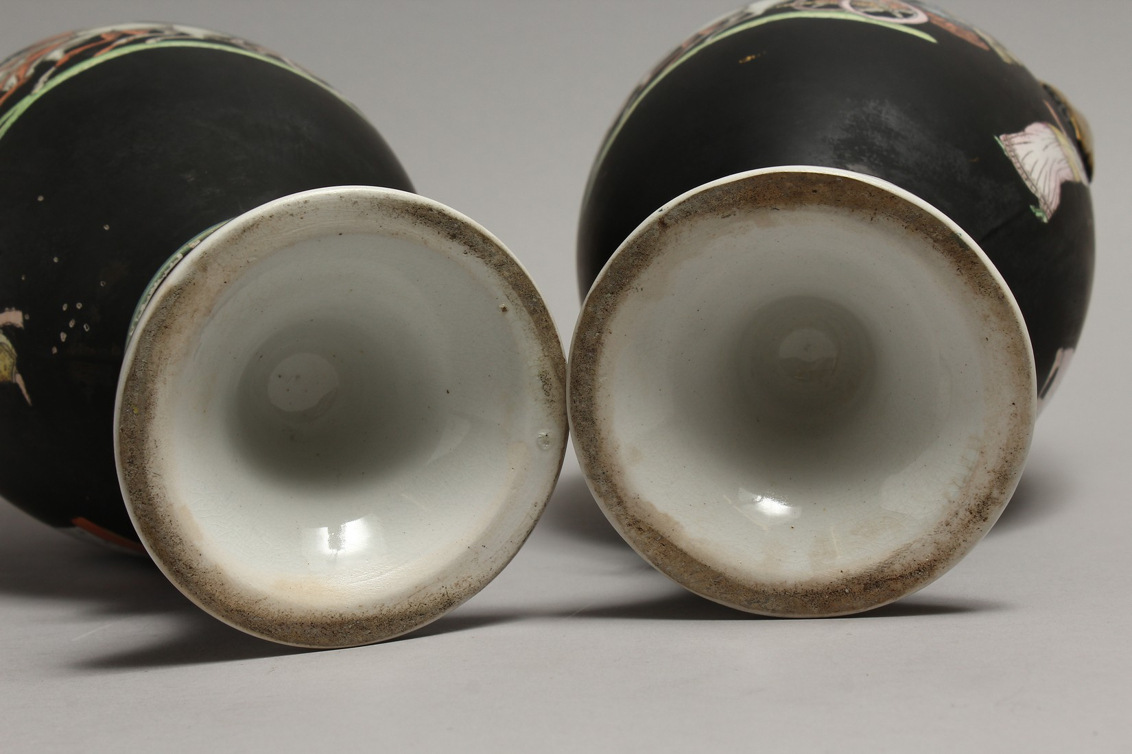A PAIR OF CLASSICAL TWO HANDLED VASES with Greek figures 16ins high. - Image 7 of 7