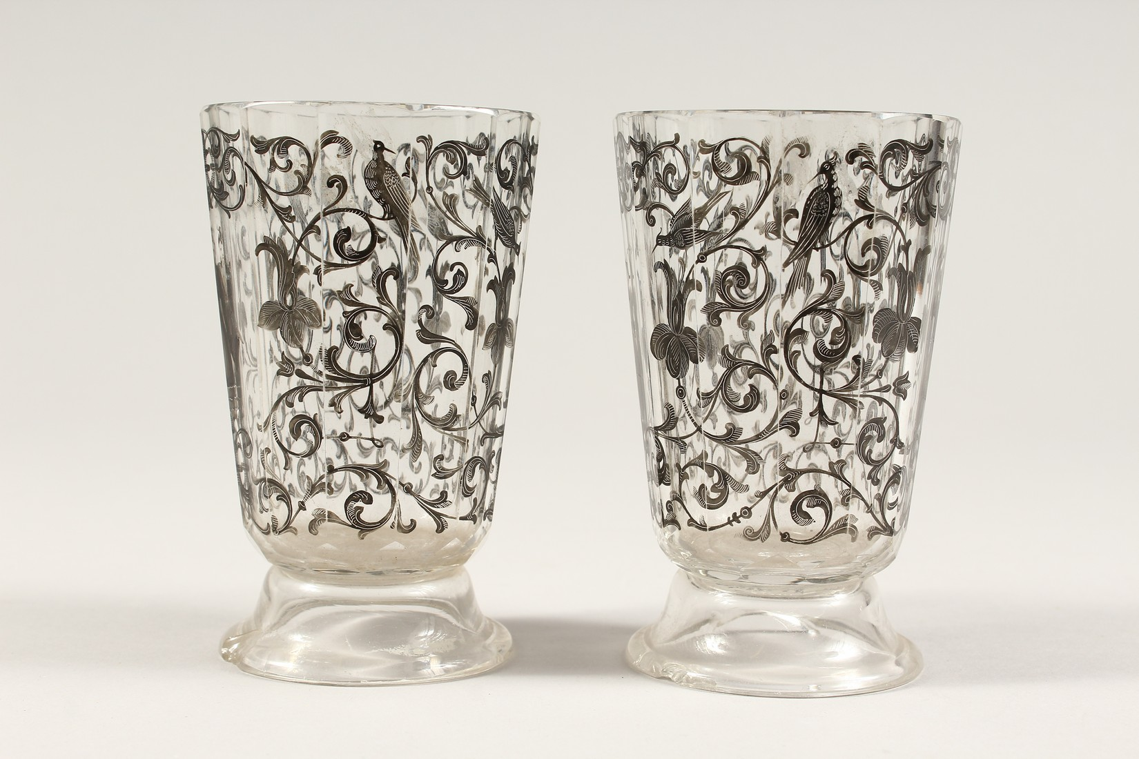 A GOOD PAIR OF BOHEMIAN GLASS TWELVE SIDED BEAKERS, painted with Turkish figures, scrolls and birch. - Image 4 of 5
