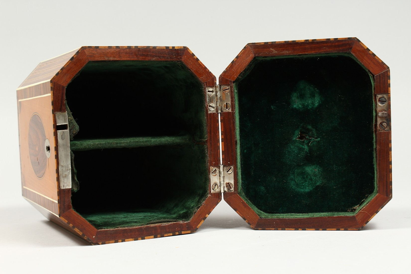 A SUPERB GEORGE III SATINWOOD BANDED TEA CADDY with rosewood and ivory canted corners and ivory - Image 9 of 9
