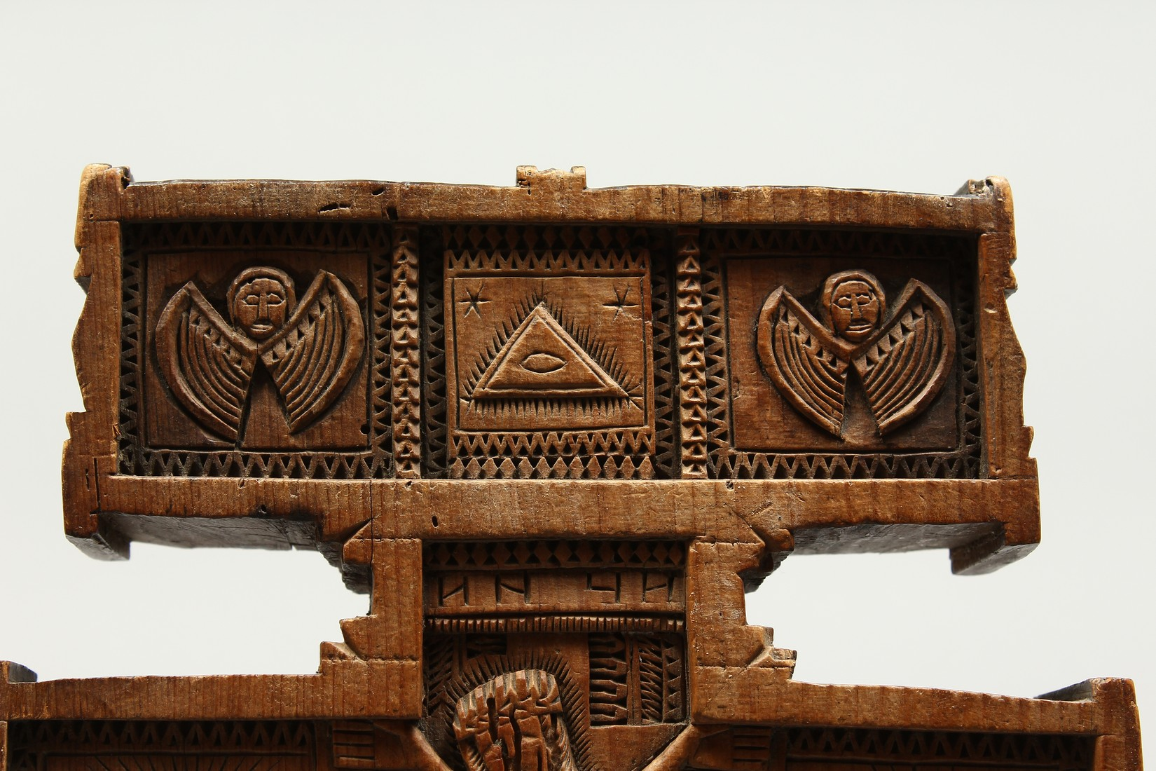 AN 18TH CENTURY GREEK CARVED WOODEN CROSS. 15ins long. - Image 7 of 11