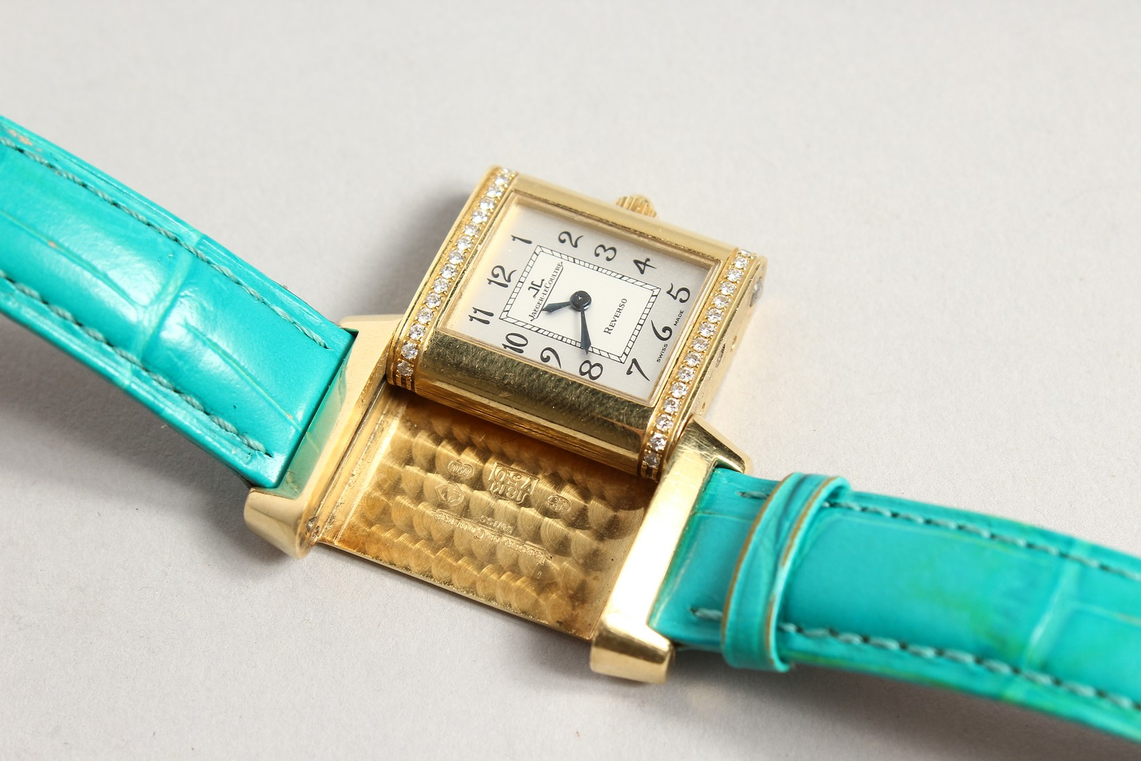 A VERY GOOD 18CT. GOLD AND DIAMOND JAGEUR LE COUTRE REVERSE WRISTWATCH, with a leather strap. - Image 4 of 8