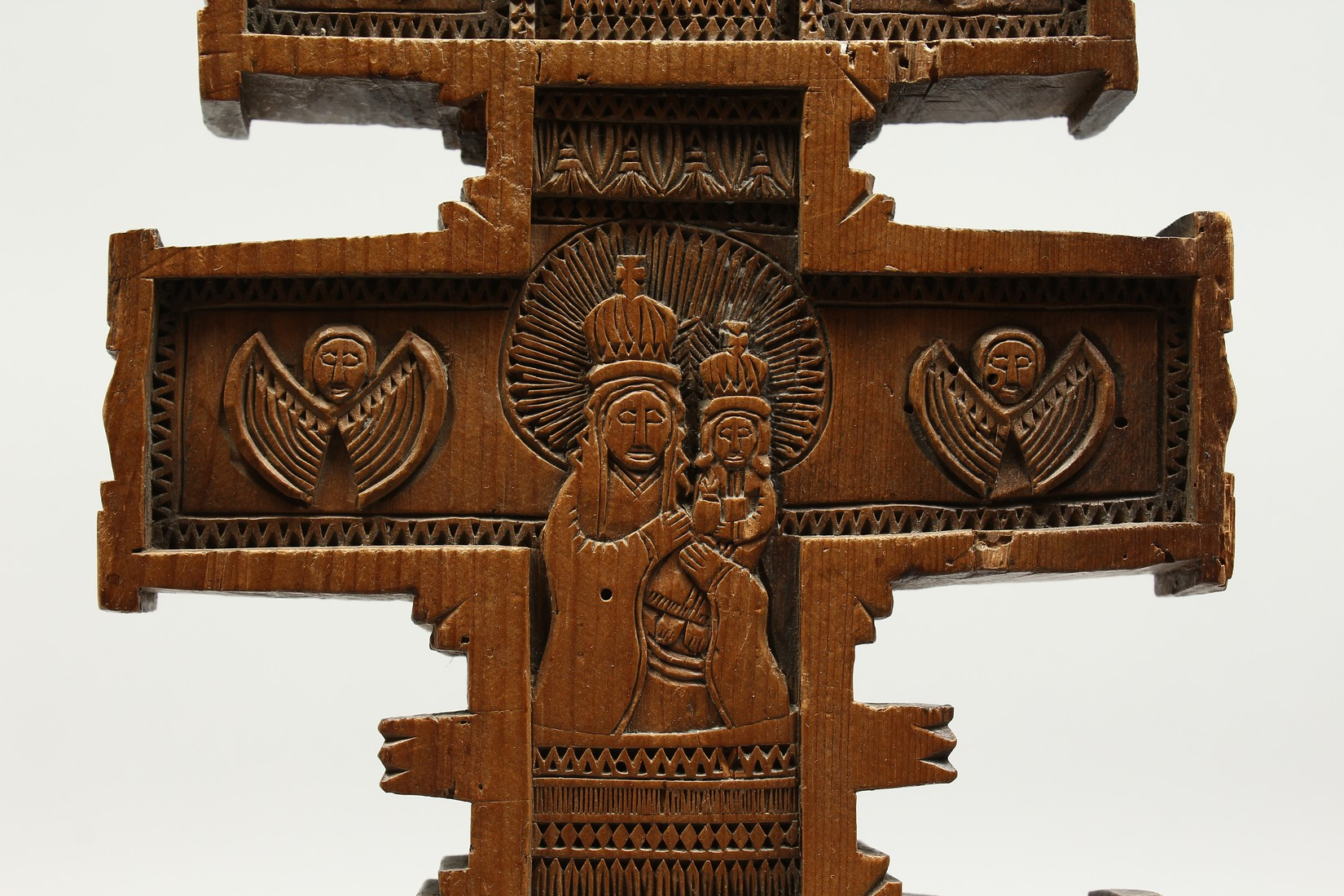 AN 18TH CENTURY GREEK CARVED WOODEN CROSS. 15ins long. - Image 3 of 11