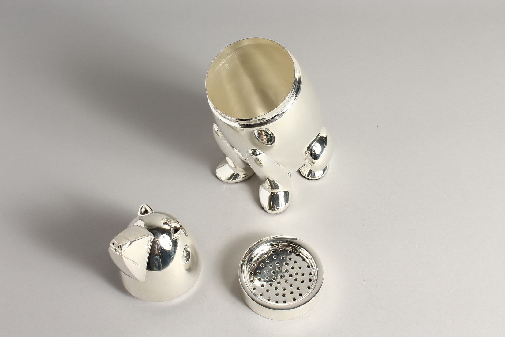 A SILVER PLATED POLAR BEAR COCKTAIL SHAKER 10ins high. - Image 2 of 2