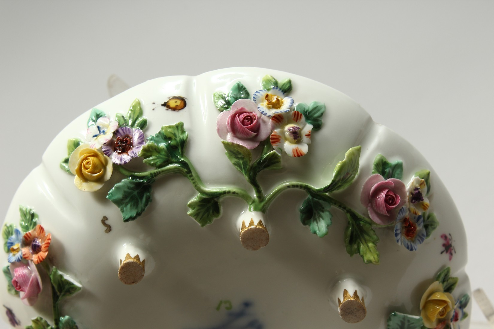TWO MEISSEN PORCELAIN CUPS AND SAUCERS AND A SAUCER, encrusted with flowers and painted with - Image 12 of 16