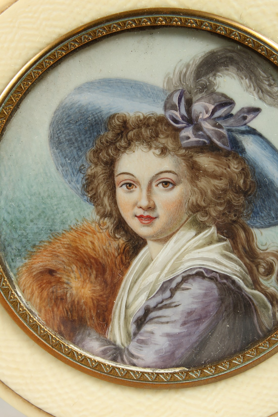 A GEORGIAN IVORY CIRCULAR BOX, the top painted with a portrait of a young lady in a plumed hat. 3ins - Image 2 of 8