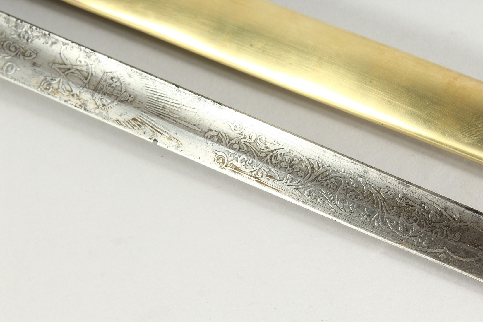 A GOOD VICTORIAN NAVAL SWORD with shagreen handle and engraved blade, V R & Crown inc., brown - Image 15 of 25